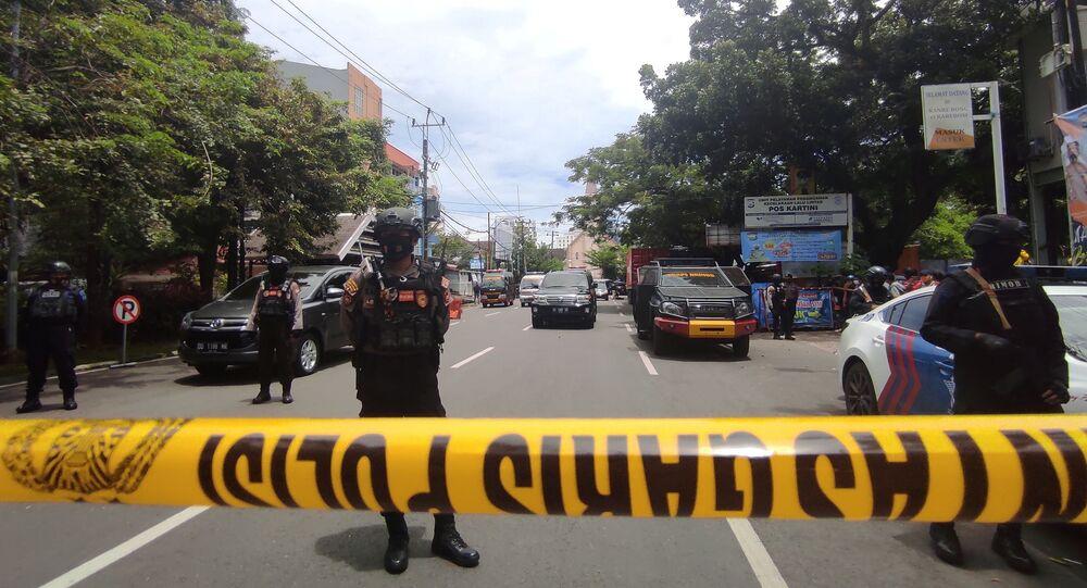 Endonezya'nın Güney Sulawesi eyaletinin başkenti Makassar kentinde kiliseyi hedef alan bombalı saldırı düzenlendi.