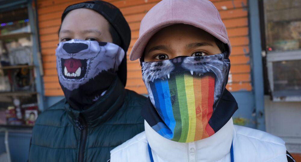Renkli maskelerde ölümcül tehdit