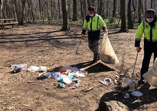 Belgrad Ormanı'ndan 10 ton çöp toplandı