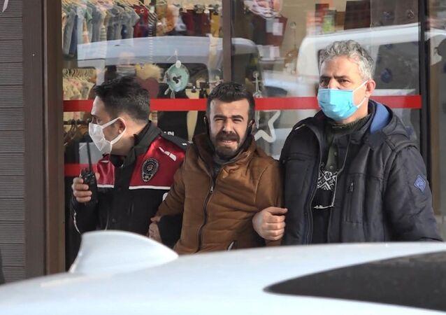 Eskişehir'de, İlkay-Emel Tokkal çifti ile 4 yaşındaki çocukları Ali Doruk'u evlerinde bıçaklayarak öldürdüğü gerekçesiyle tutuklanan Mehmet Şerif Boğa