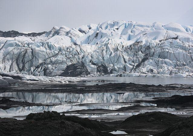 Alaska- Buzul