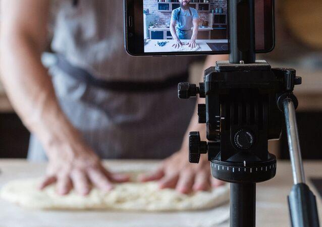 İtalya'da 7 yıldır aranan gangsteri, YouTube'daki yemek kanalı ele verdi