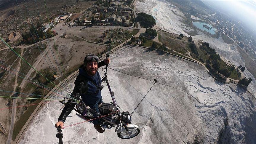 Yamaç paraşütü, motosiklet, Pamukkale, Denizli