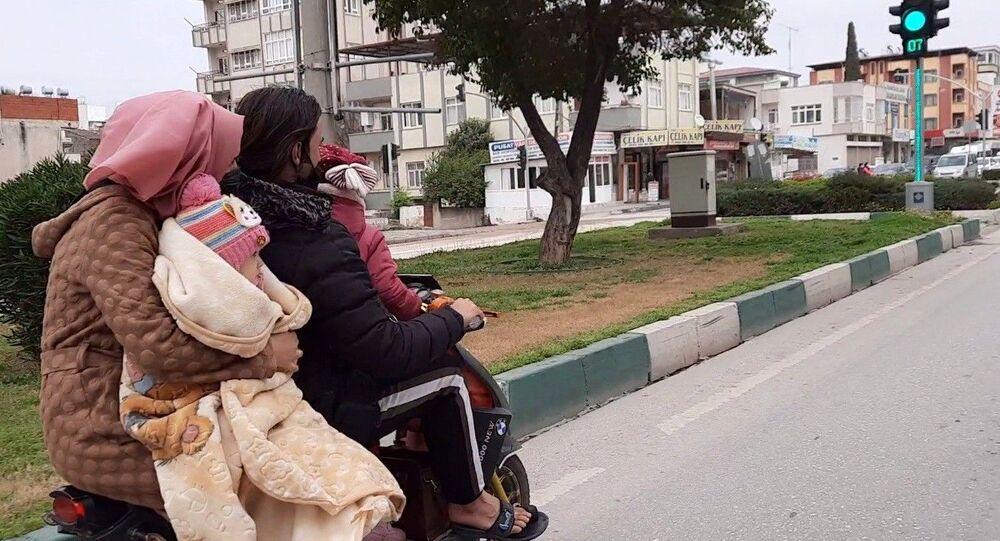 Elektrikli motosiklette tehlikeli yolculuk