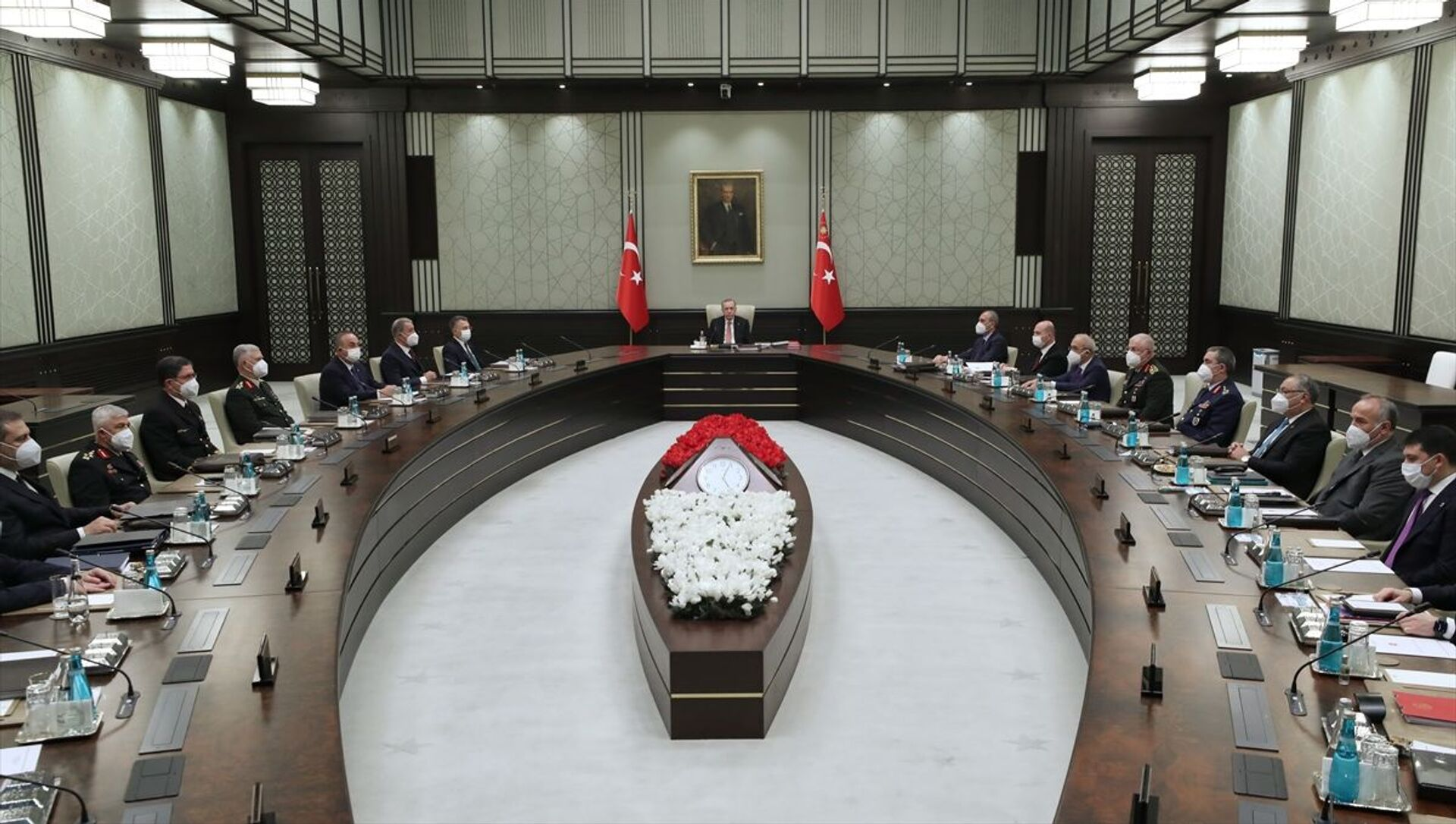 Milli Güvenlik Kurulu (MGK), Cumhurbaşkanı Recep Tayyip Erdoğan başkanlığında toplandı. - Sputnik Türkiye, 1920, 05.08.2021