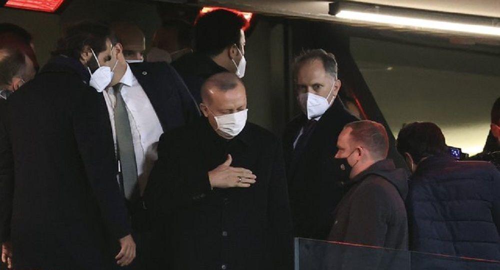 Cumhurbaşkanı Erdoğan, Türkiye - Letonya maçında