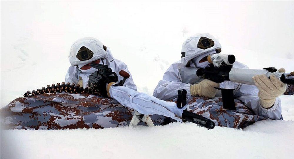 Eren-5 operasyonu, asker,