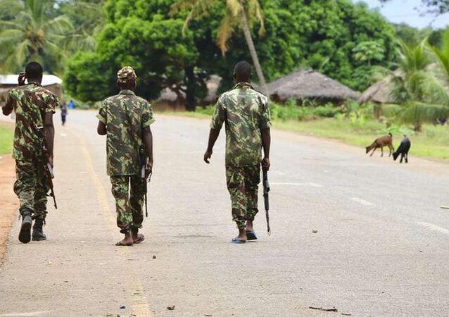 Mozambik'te IŞİD'in saldırdığı Palma kasabasında askerler görev almaya başladı