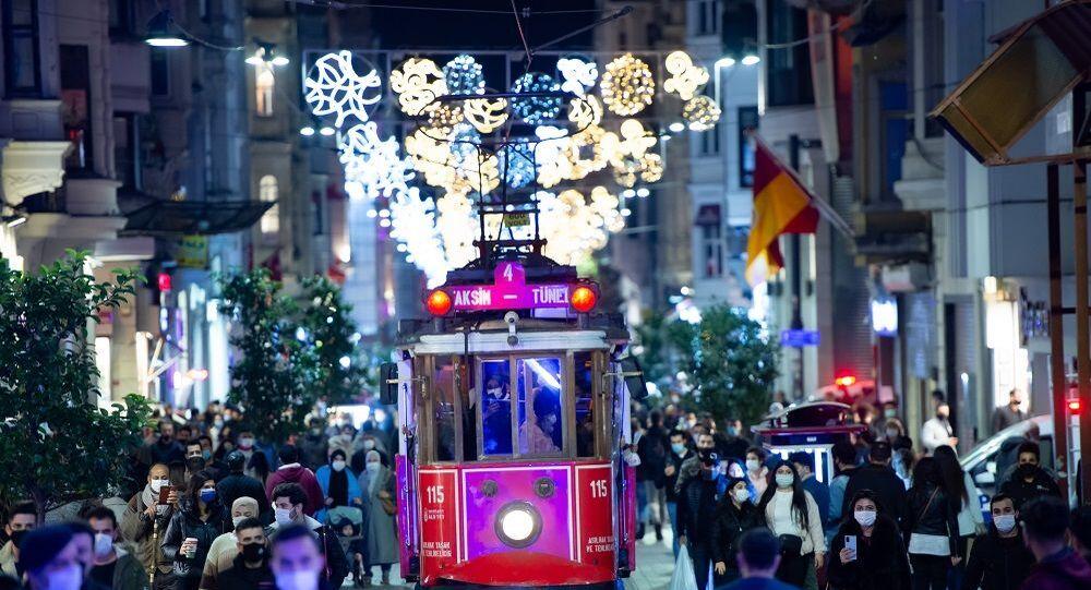 İstanbul-İstiklal Caddesi