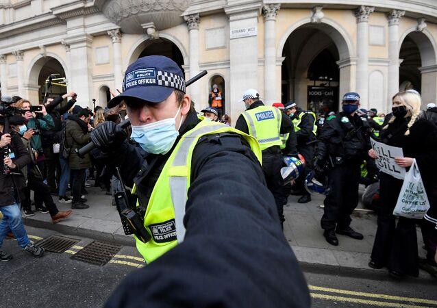 Polis - Londra - İngiltere