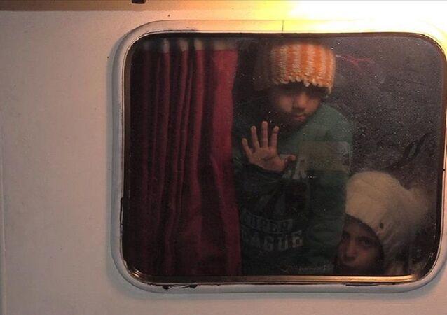 İzmir, sığınmacı, çocuk