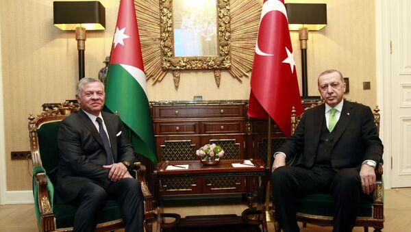 Cumhurbaşkanı Erdoğan, Ürdün Kralı 2. Abdullah ile telefonda görüştü  - Sputnik Türkiye