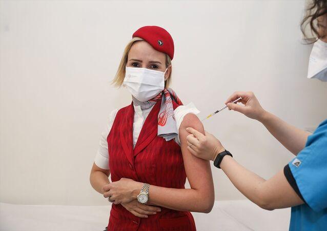 THY hostes aşı