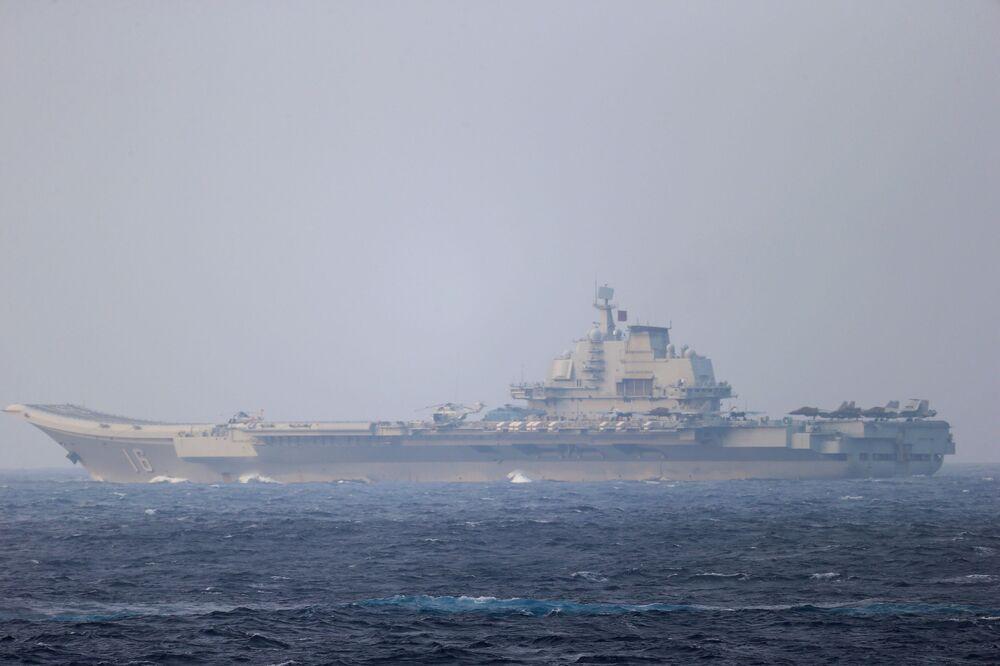 Çin donanması, gelecekte bu tür daha fazla tatbikat yapılacağını da duyurdu.