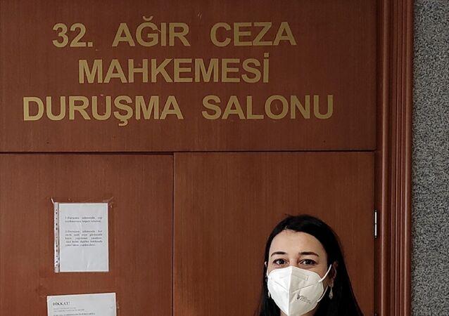 Gazeteci Melis Alphan