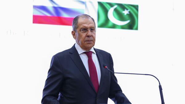 Lavrov: Rusya, Pakistan'a askeri teçhizat sevk etmeye hazır - Sputnik Türkiye