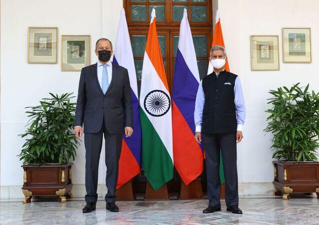 Hindistan Dışişleri Bakanı Subrahmanyam Jaishankar ile görüşen Rusya Dışişleri Bakanı Lavrov
