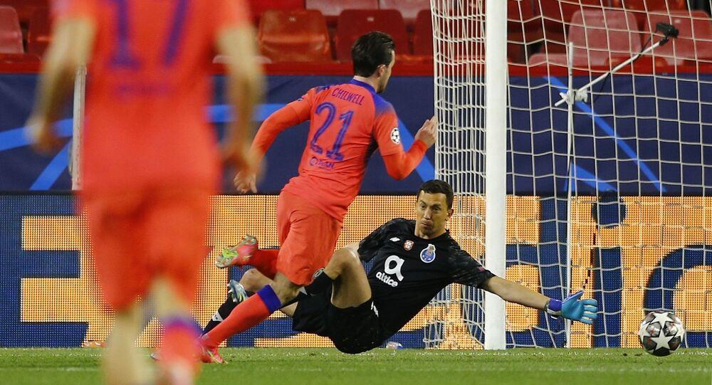 UEFA Şampiyonlar Ligi çeyrek final ilk maçında Chelsea, Porto'yu 2-0 mağlup ederek tur için avantaj sağladı.