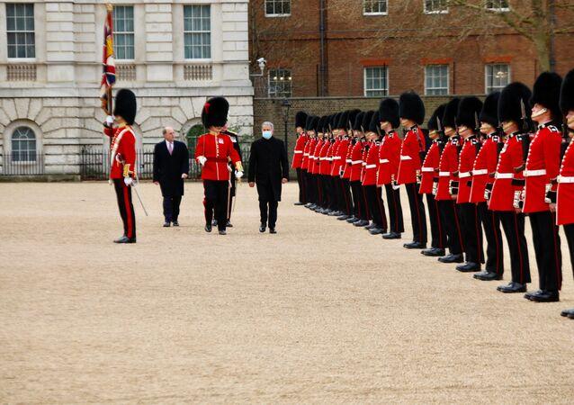Milli Savunma Bakanı Hulusi Akar - İngiltere Savunma Bakanı Ben Wallace