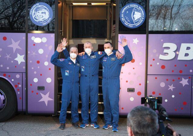 Soyuz ekibi, Gagarin'in ilk uçuşunun 60. yılı onuruna uzaya fırlatılacak
