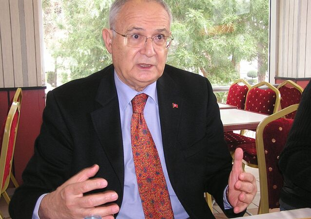 Ertuğrul Kumcuoğlu
