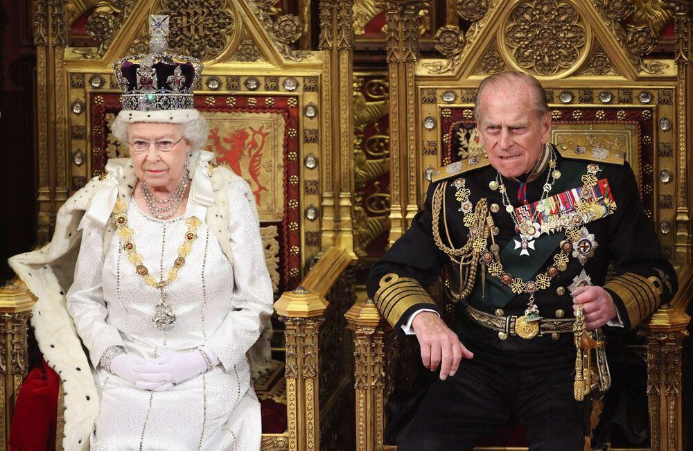 İngiltere Kraliçesi 2. Elizabeth ve eşi Prens Philip. Londra, 2012