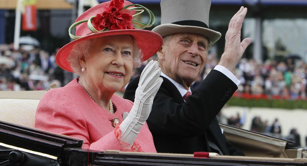 Prens Philip, 2017 yılında 96 yaşında emekli olduğunu duyurdu. Edinburgh Dükü halkla son buluşmasını Ağustos 2017'de, Kraliyet Deniz Piyadeleri'nin merasim kıtasını denetlediği sırada yaptı