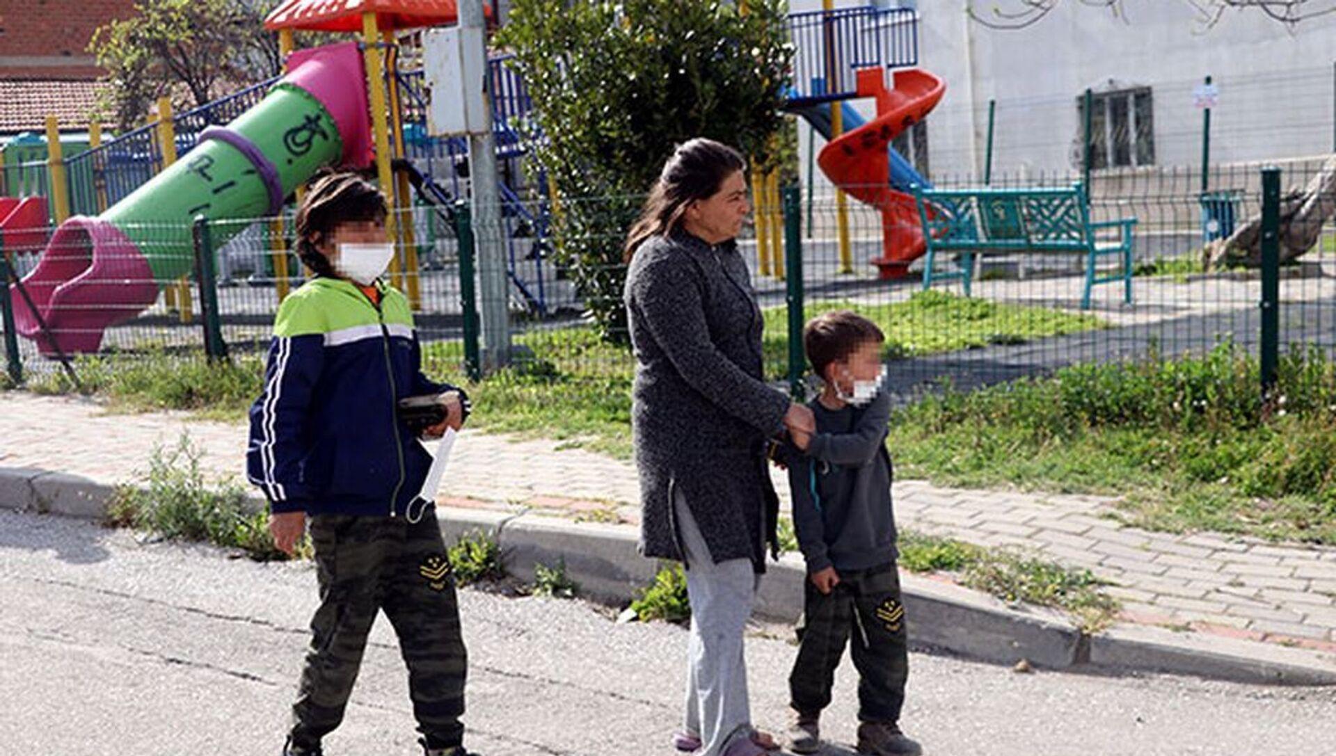 Çocukların gürültü yaptığı iddiasıyla parkta rastgele ateş açtı: 1 yaralı - Sputnik Türkiye, 1920, 11.04.2021