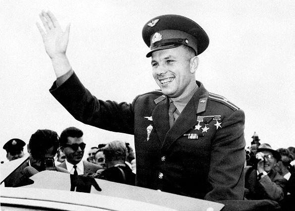 Rus kozmonot Yuri Gagarin