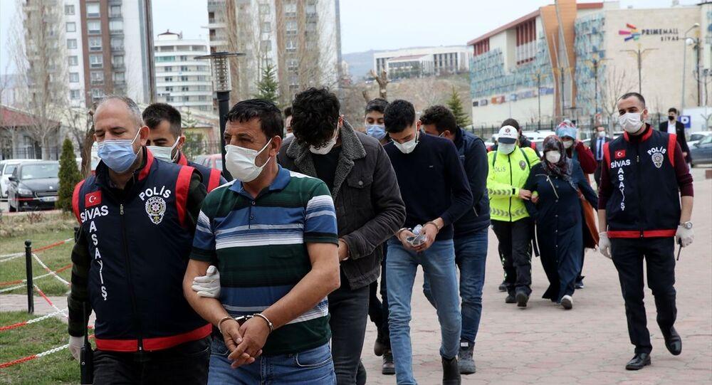 Sivas'ta hastane çalışanlarına saldıran şüpheliler
