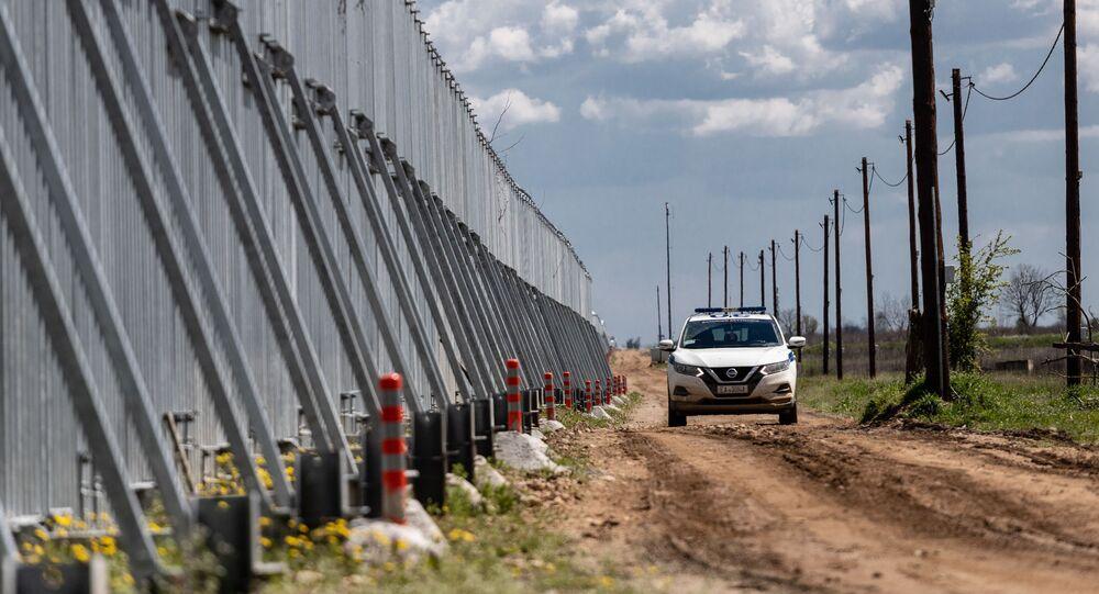 Türkiye-Yunanistan sınırında inşa edilen duvar