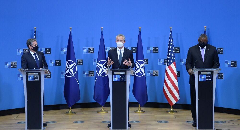 NATO Genel Sekreteri Jens Stoltenberg, NATO Konseyinin savunma ve dışişleri bakanları toplantısının ardından ABD Dışişleri Bakanı Anthony Blinken ve ABD Savunma Bakanı Lloyd Austin ile ortak basın toplantısı düzenledi.