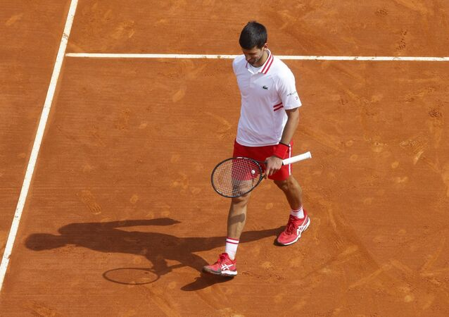 Tek erkeklerde dünya 1 numarası Novak Djokovic, Monte Carlo Tenis Turnuvası'nın üçüncü turunda Büyük Britanyalı Dan Evans'a yenilerek elendi.