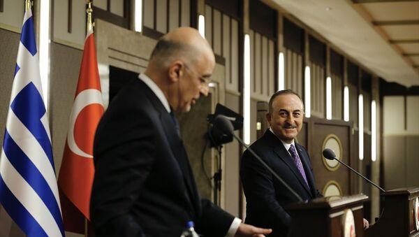 Çavuşoğlu ve Dendias - Sputnik Türkiye