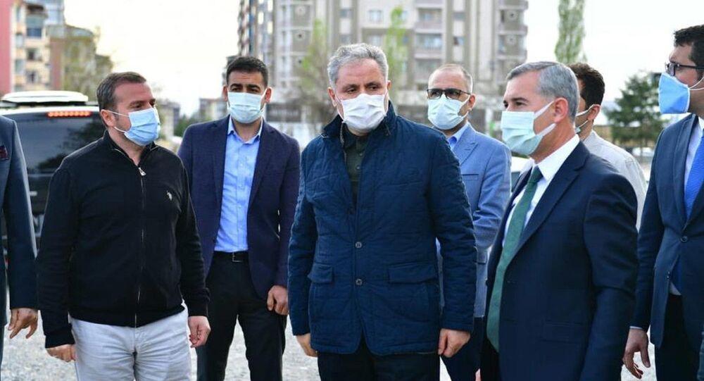 AK Parti Malatya Milletvekilleri Ahmet Çakır ve Hakan Kahtalı