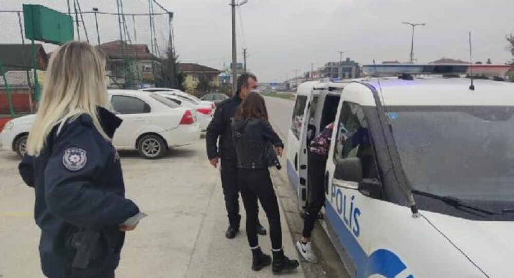 Kısıtlamada yakalandı, polise böyle yalvardı: Konsolosla konuştum