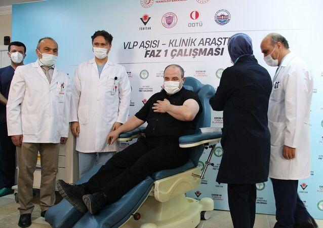 Sanayi ve Teknoloji Bakanı Mustafa Varank, yerli aşı,
