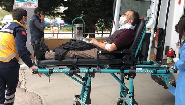 Kocaeli'de çıkan silahlı kavgada yoldan geçen iki kişi tabancayla vurularak yaralandı  - Sputnik Türkiye