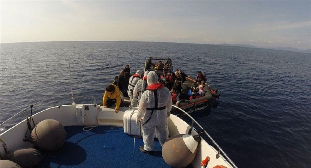 Seferihisar açıklarında 59 kaçak göçmen kurtarıldı