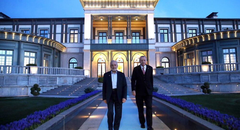Cumhurbaşkanı Erdoğan ile Oğuzhan Asiltürk bir araya geldi