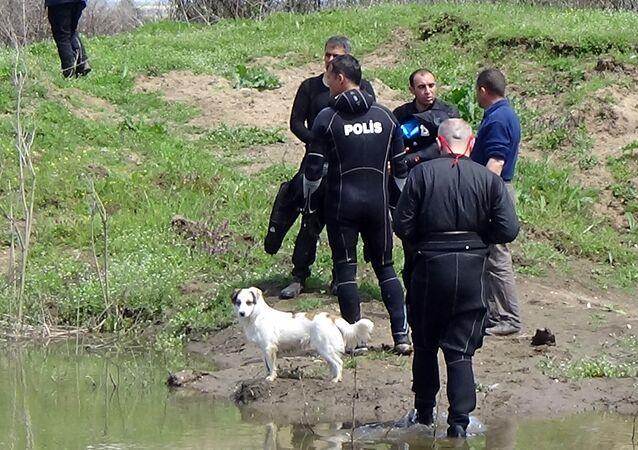 Tunca Nehri, kayıp Abdi Özer, beslediği köpek