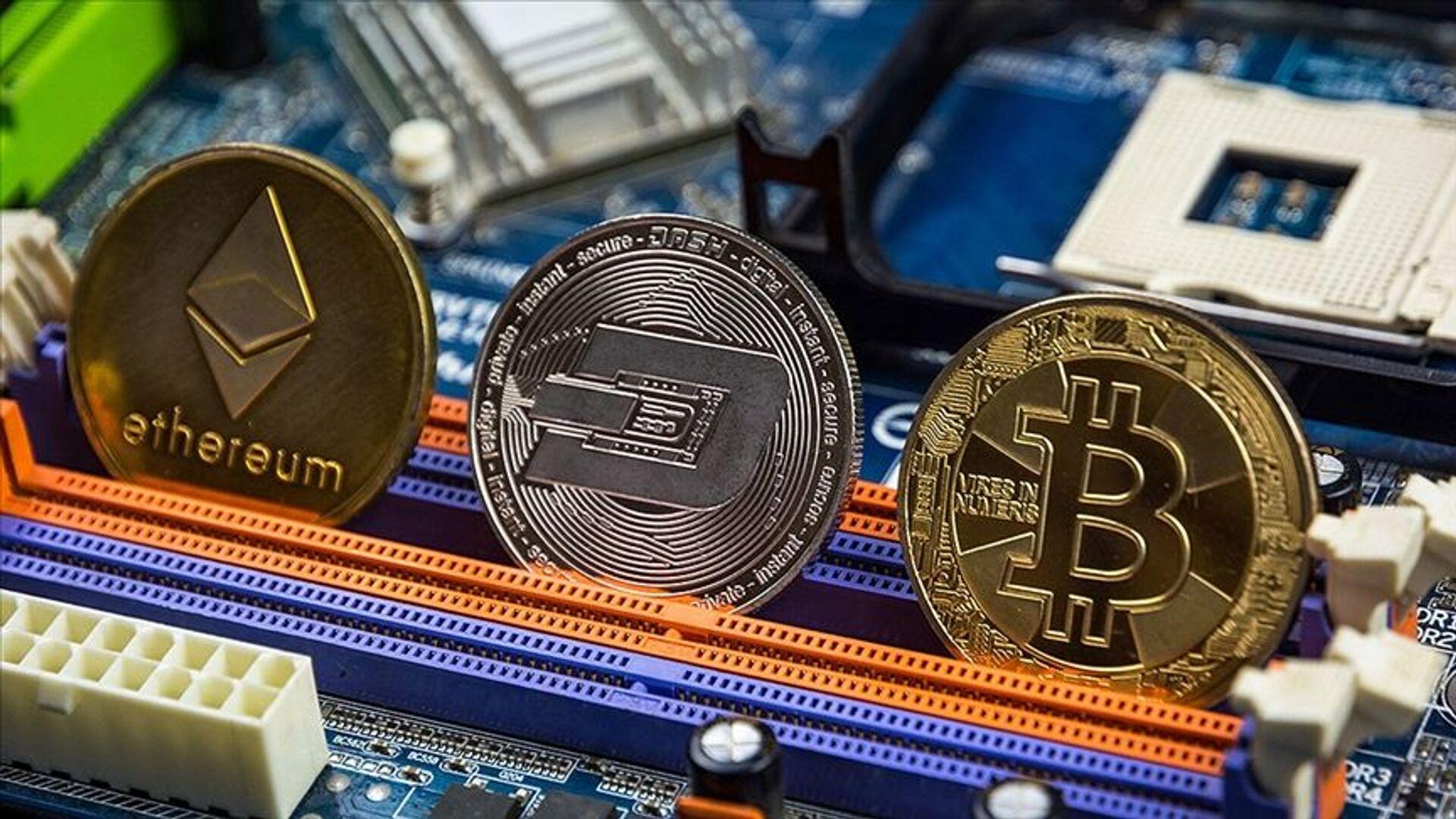 kripto para, Bitcoin, Ethereum - Sputnik Türkiye, 1920, 28.04.2021
