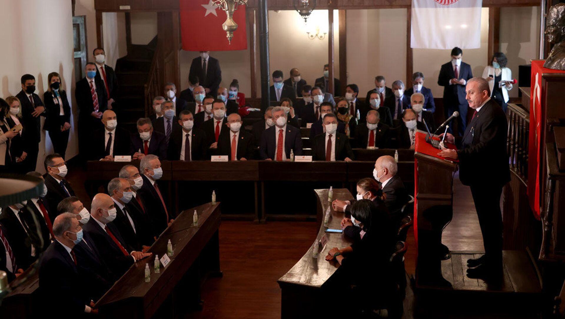 Birinci Meclis, 23 Nisan tören, TBMM Başkanı Mustafa Şentop - Sputnik Türkiye, 1920, 23.04.2021