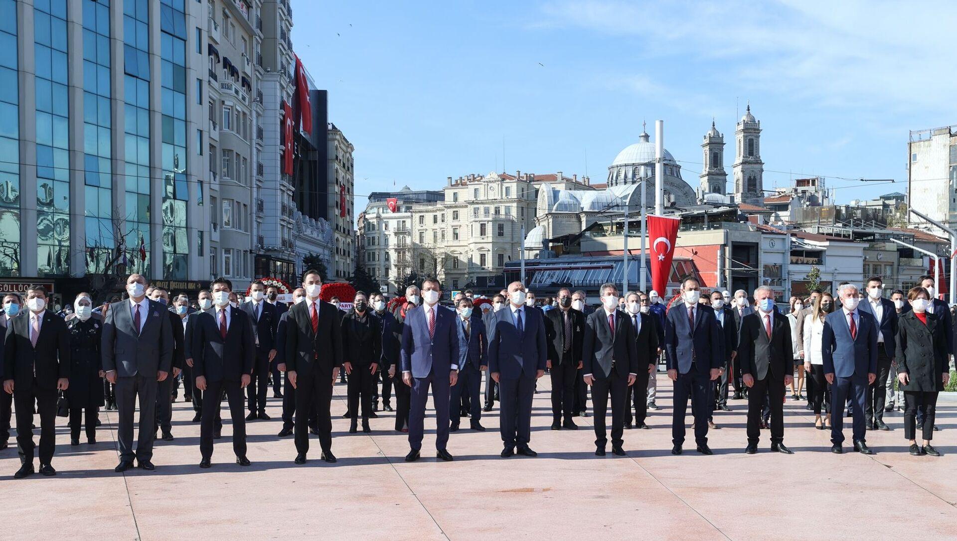 23 Nisan Ulusal Egemenlik ve Çocuk BayramıdolayısıylaTaksim'de organize edilen tören - Sputnik Türkiye, 1920, 23.04.2021