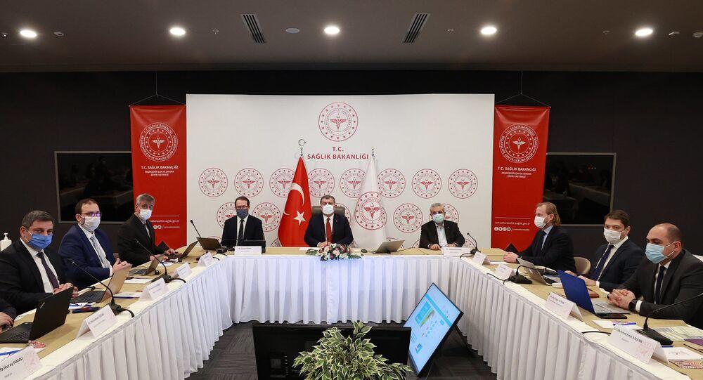 Koca, İstanbul İl Sağlık yöneticileriyle