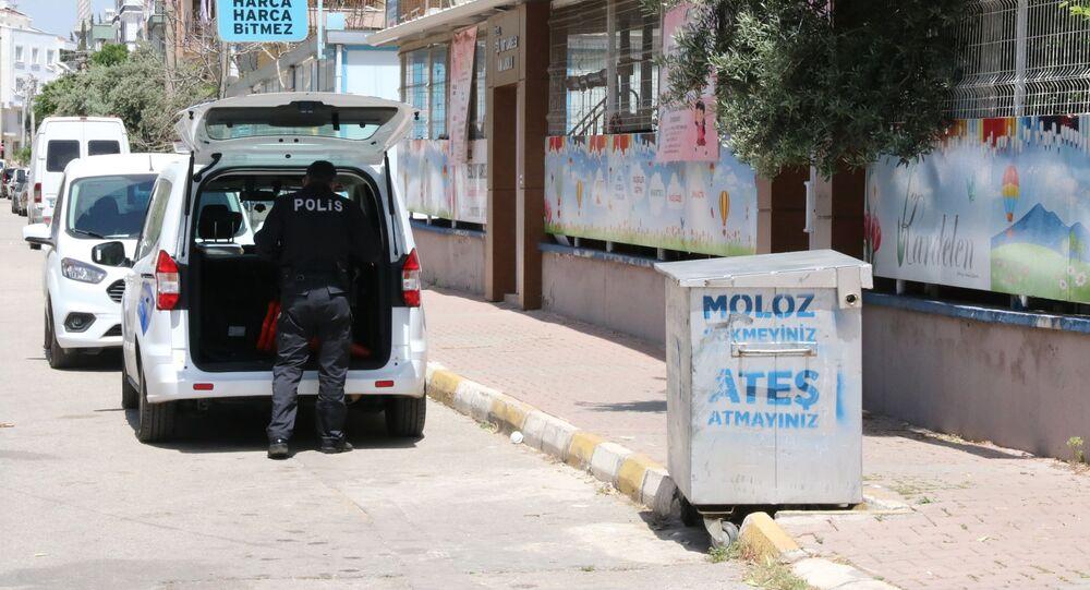 Antalya, çöpte bulunan cenin
