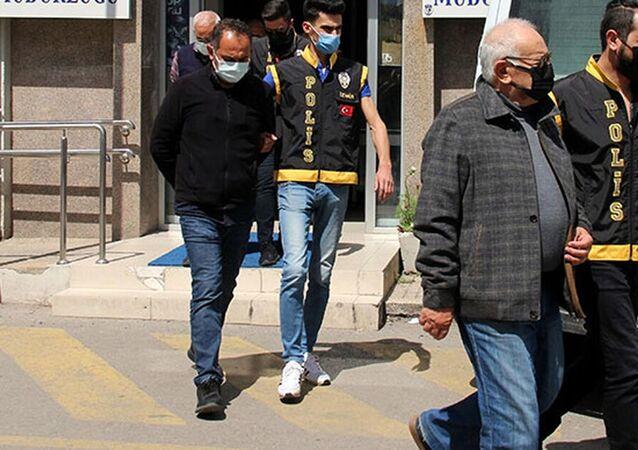 İzmir depreminde yıkılan yapılarla ilgili tutuklu sayısı 3'e yükseldi
