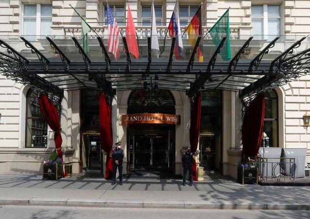 İran ile nükleer anlaşmanın canlandırılması görüşmelerinin yürütüldüğü Avusturya başkenti Viyana'daki Grand Hotel