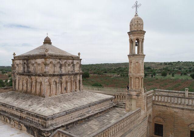 Deyrulzafaran Manastırı