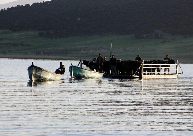 Beyşehir Gölü içerisinde Türkiye'nin yerleşim yeri bulunan tek göl adası olan Mada